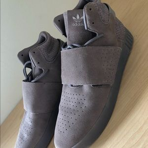 New Men's Adidas Tubular Invader Strap Shoes 11.5